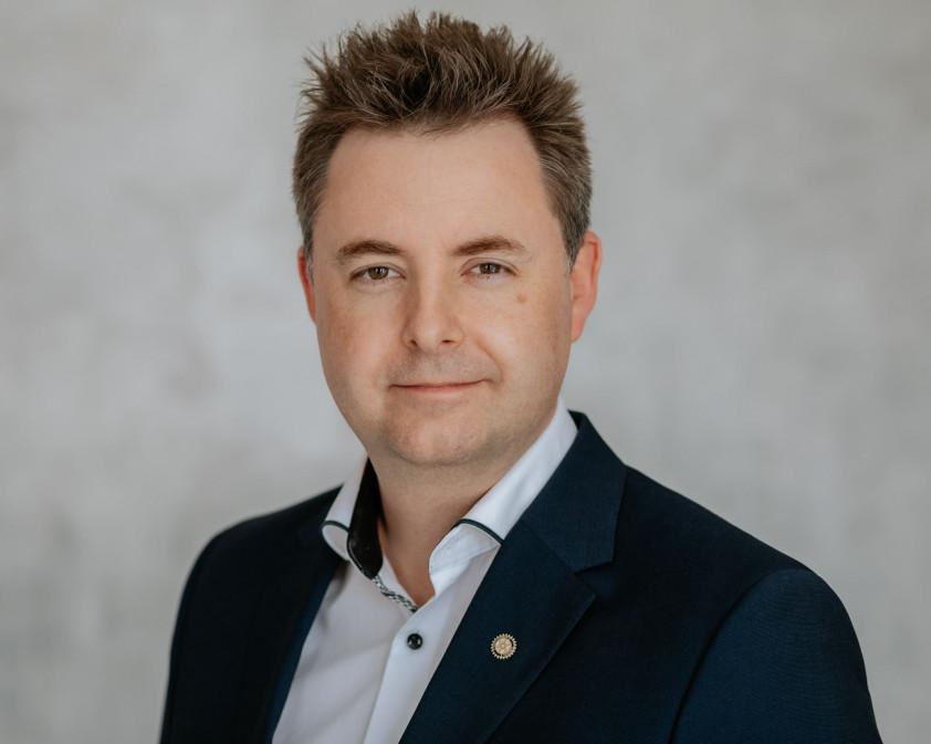 Dr. Ágoston Gergely